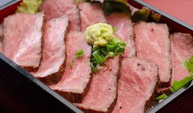 千屋牛 炙り焼き ロースステーキ重